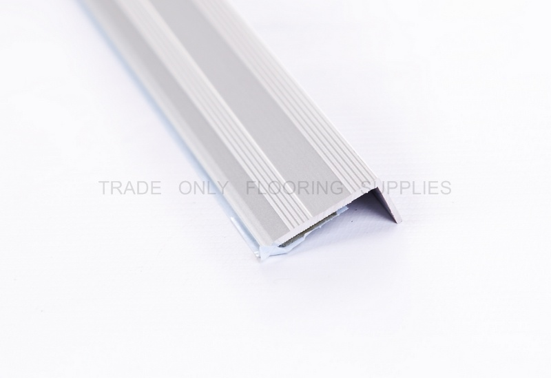 Stickdown Border End 8mm Retail Packed Matt Silver 0
