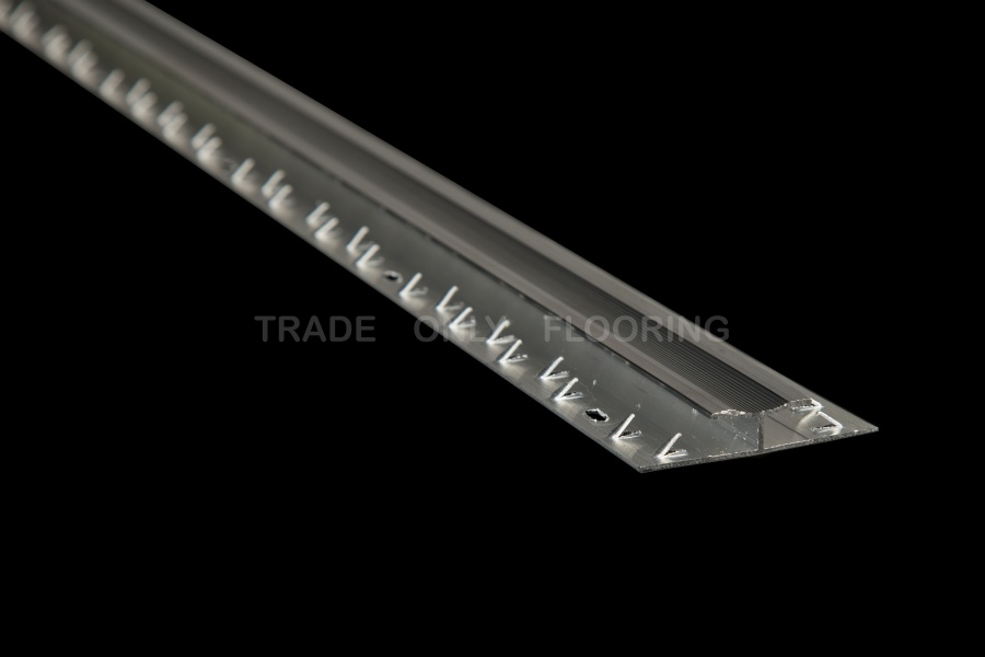 Classic Metal 220.3A Twingrip Aluminium (0.9m x 45 lengths)